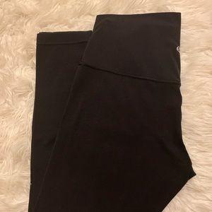 "Lululemon black Aligns 25"" length size 8"